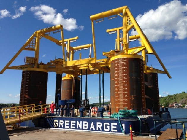 Greenbarge 1 with cargo